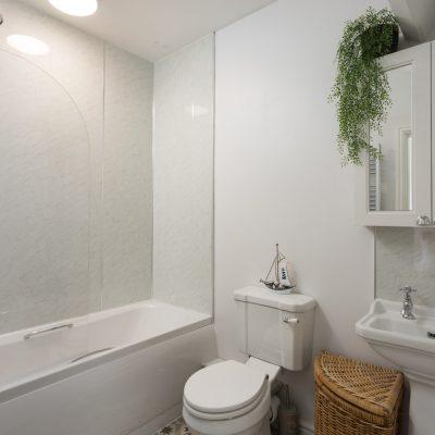 Glenview House Filey Ensuite Bathroom 1a