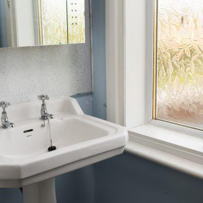 Glenview House Filey Family Bathroom 1b