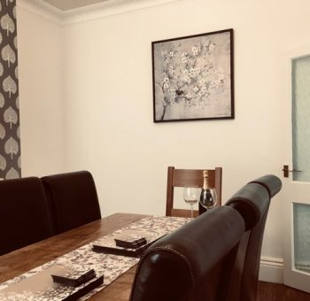 Glenview Holiday Home Dining Room